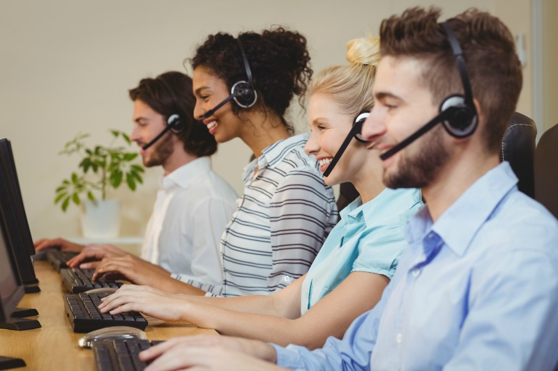 How to Keep Your Customer Service Team Happy With Their Jobs