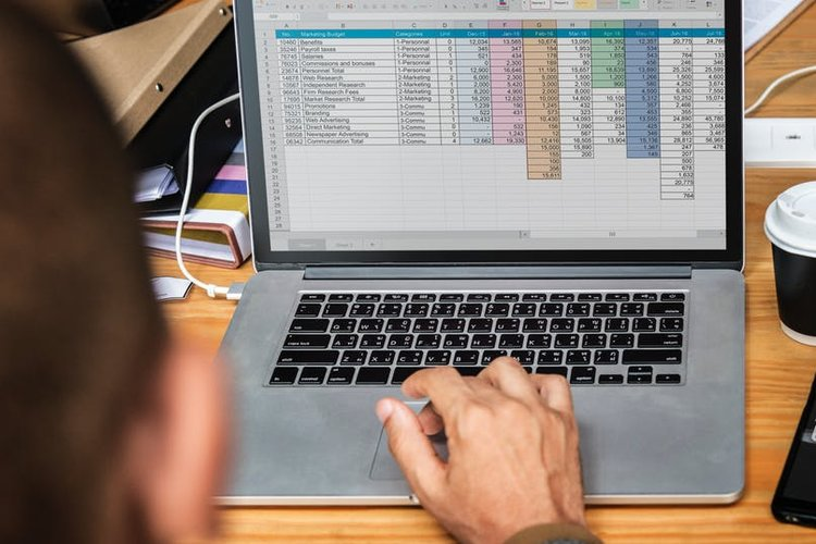 5 Ways Outsourcing Data Entry Can Benefit Your Business