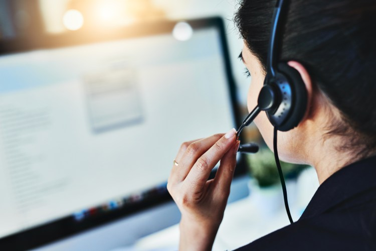 4 Benefits of Outsourcing Your Customer Service